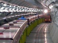 Neutrinos mas veloces que la luz