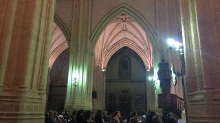 Vigilia con motivo del IV JOHC realizado en Palencia en el trascoro de la catedral palentina