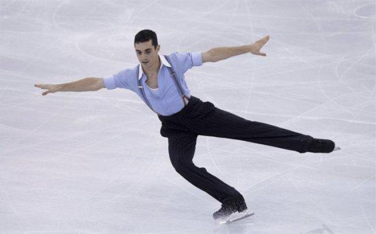 El patinador Español Javier Fernadez gana en Moscú