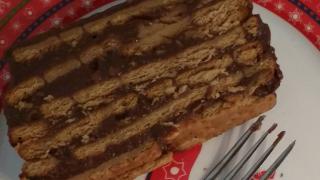 Este es el resultado de nuestro búnker de chocolate y galletas.