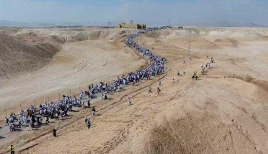 MUCHAS MUJERES DE DISTINTAS RELIGIONES HACEN UNA MARCHA POR LA PAZ EN ISRAEL