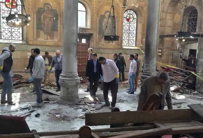 Parte de la masacre en una iglesia en El Cairo.