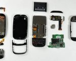 Some parts of a mobile phone. From: www.informatica-hoy.com