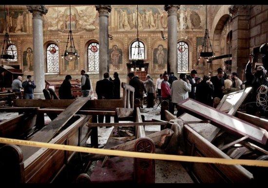 Terrible atentado en una iglesia copta en Egipto