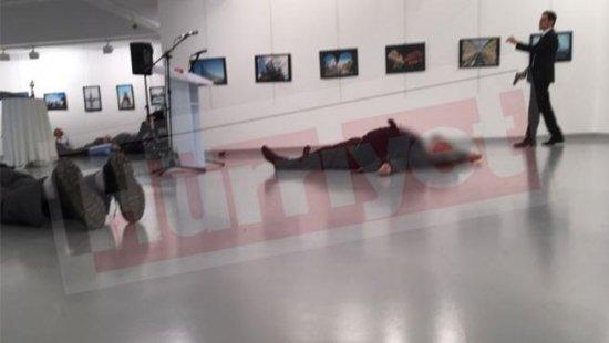 Asesinado el embajador ruso en Turquía