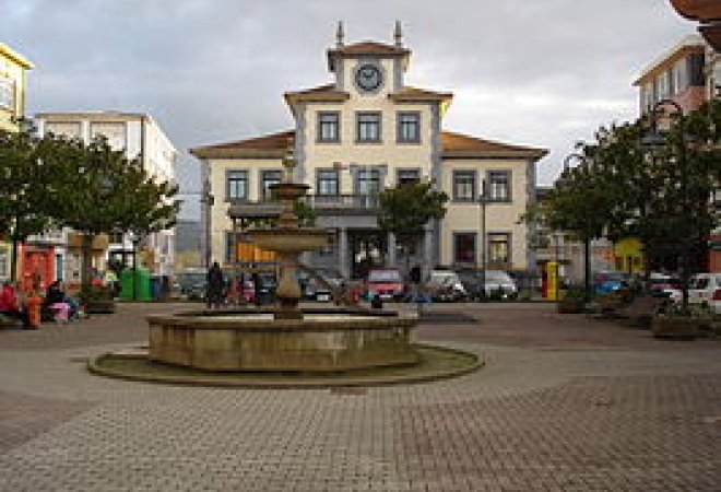 Plaza mayor de Narón.